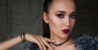 Makeup Influencers on Winkl. Shortlist from the list and check their content.