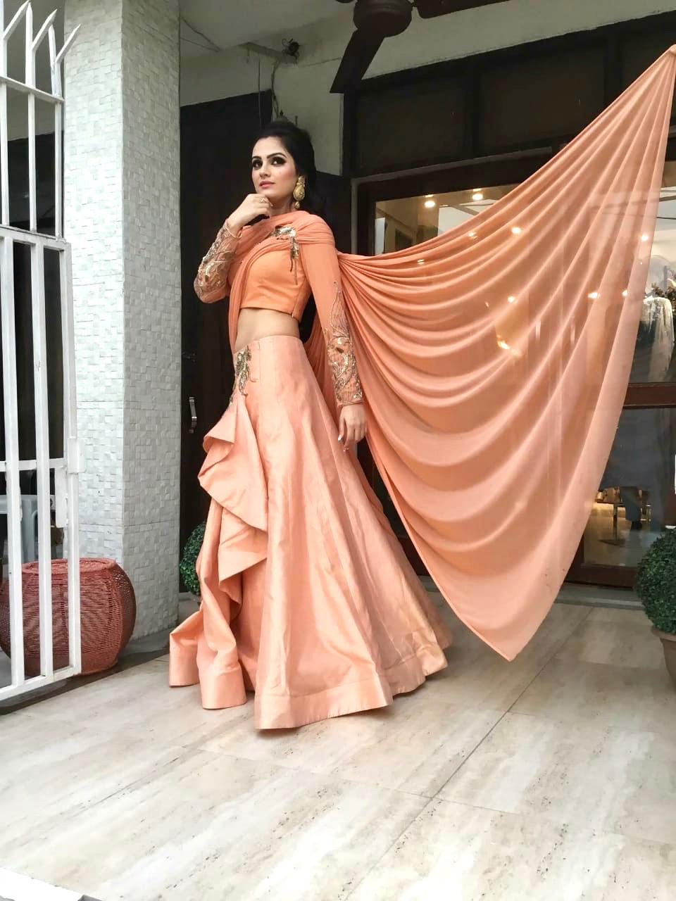 Surbhi Pathak  Profile Pic